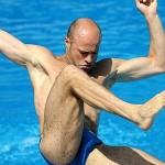 Mondiali di Nuoto: atleta tedesco scivola dal trampolino